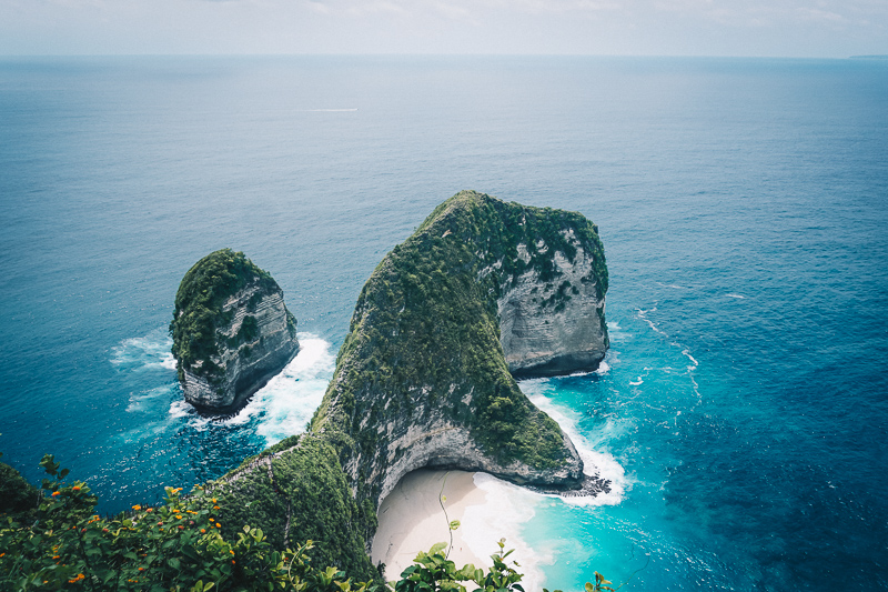 The Travel Guide to Nusa Penida